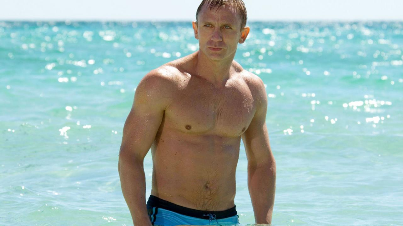Daniel Craig, bond girl
