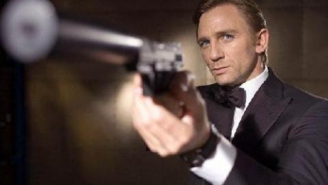 """Daniel Craig est le meilleur des James Bond"" selon Honor Blackman"
